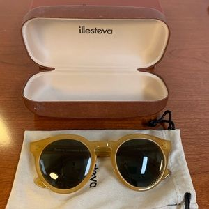 NIB Illesteva Leonard II Round Blonde Sunglasses